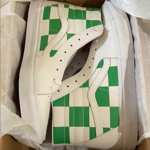 NWT vans unisex leather high tops